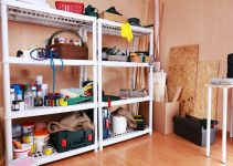 Garage storing shelves